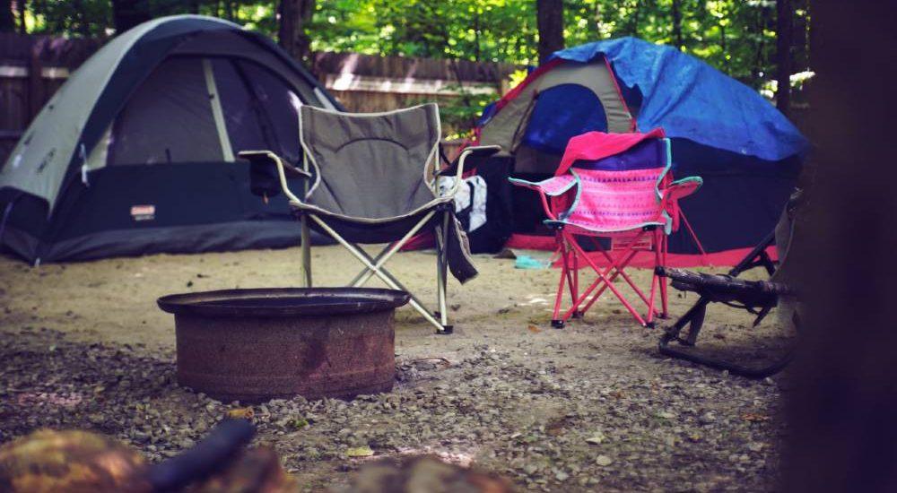 ¿Cómo guardar el material de acampada en tu trastero de alquiler?
